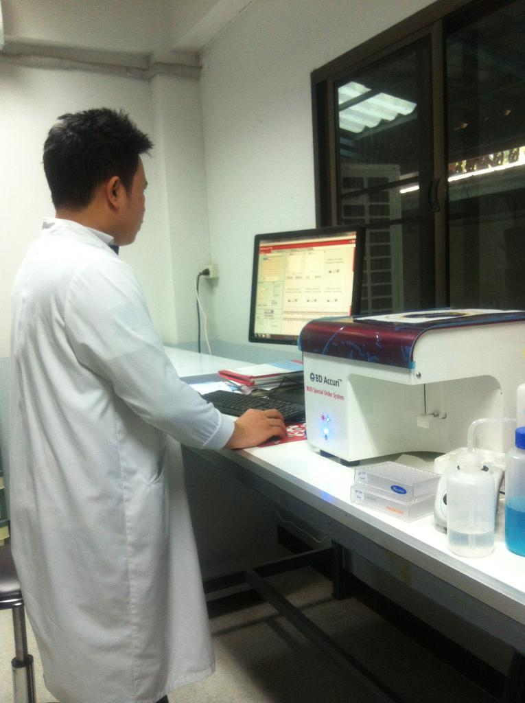 Parasite culture harvest by Flow cytometry system
