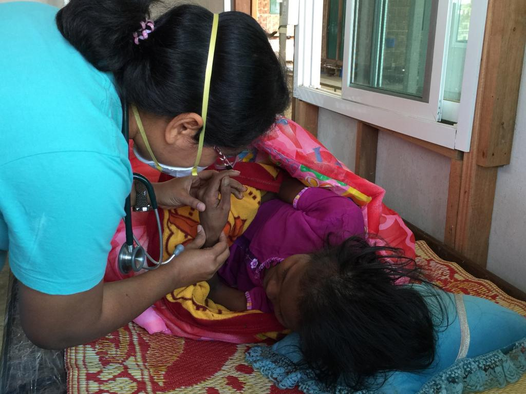 Specialized Physician is taking care of severe patient at Wang Pha TB center