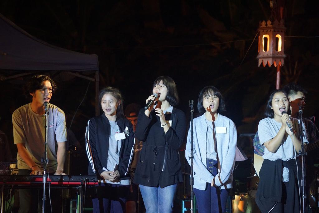 SMRU Seminar Singers.jpg