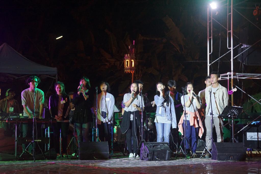 SMRU Seminar Singers2.jpg