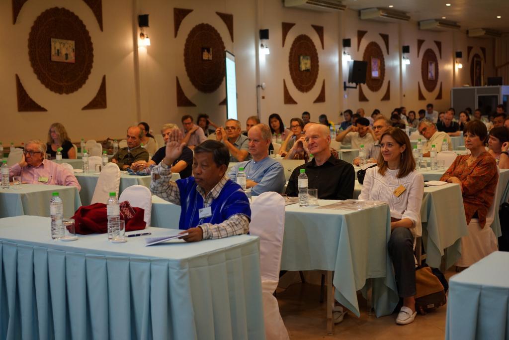 SMRU Seminar4.jpg
